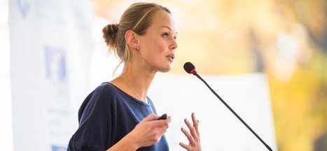 5 Tips on How to Become an Incredible Public Speaker | Growing To Be A Better Communicator | Scoop.it