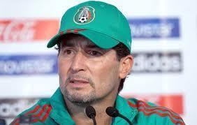 Biblioteca Dr. Jorge Villalobos Padilla: Deportes; Mundial: México y Honduras chocan en el Azteca; En el hexagonal...   El Chepo se va   Scoop.it
