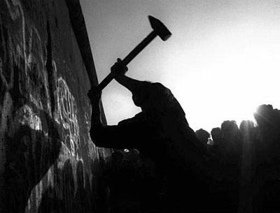 Dos relatos de un régimen caído | Carlos Arturo Rojas | Libro blanco | Lecturas | Scoop.it