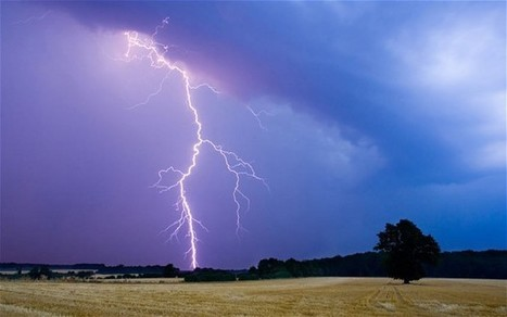Lightning strike causes Google data centre to lose power | Data Centre - Industry | Scoop.it