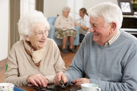 Dutch students can live in nursing homes rent-free (as long as they keep the residents company) | Senior Cohousing: vejez autogestionada y apoyo mútuo | Scoop.it
