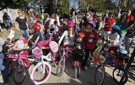 Una marcha por el centro conmemora el Día Mundial de la Bicicleta - Faro de Vigo   DESCENSO MTB-BTT   Scoop.it