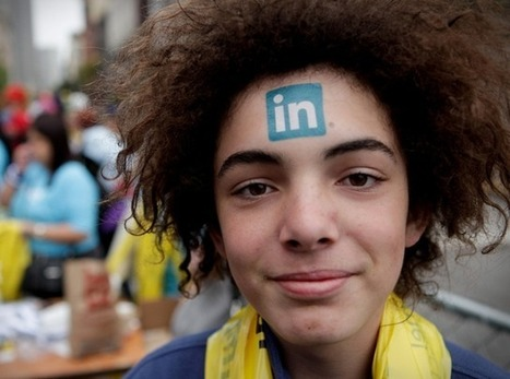 LinkedIn Updates 'People You May Know' Feature | What's trending in Social Media | Scoop.it