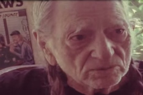 Willie Nelson and Merle Haggard Release 'Alice in Hulaland' Video | Country Music Today | Scoop.it