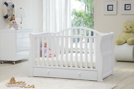 The Right Baby Sleigh cot you should buy | Baby Direct | Scoop.it