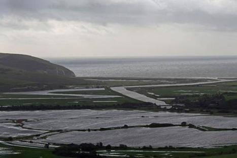 Sussex wades from flood warnings to downpours | Groundwater flooding UK | Scoop.it