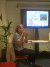 Using Twitter in a face-to-face Workshop - Social Media for Working & Learning | Using Twitter effectively | Scoop.it