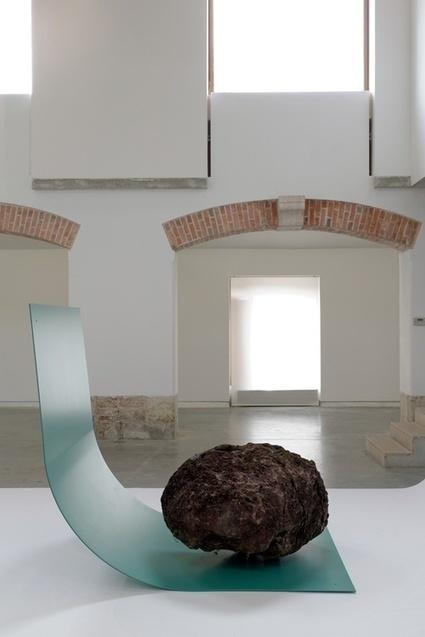 Gabriel Kuri: bottled water   Art Installations, Sculpture, Contemporary Art   Scoop.it