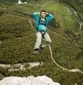 Le base-jump, entre alpinisme et parachutisme - France Info | sautenparachute | Scoop.it
