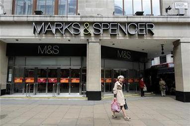 Christmas updates to shine light on UK retail prospects | Reuters | The christmas finance | Scoop.it