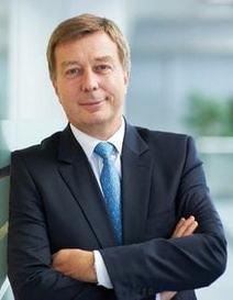 """Didier Leroy (Toyota):""""Toyota ne veut pas devenir un fabricant de boîtes de conserve pour Apple et Google""""   Mobiles Idées   Scoop.it"""