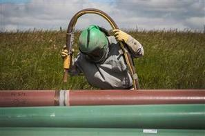 MIDEAST - Iraq oil exports to Turkey halted by pipeline attack | SecureOil | Scoop.it