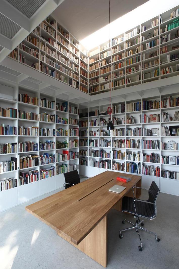 Súkromná knižnica v Zlíne je snom každého blázna do kníh | Aletea | Scoop.it