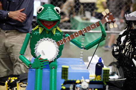 Maker Faire 2013 Slide Show! | Open Hardware News | Scoop.it