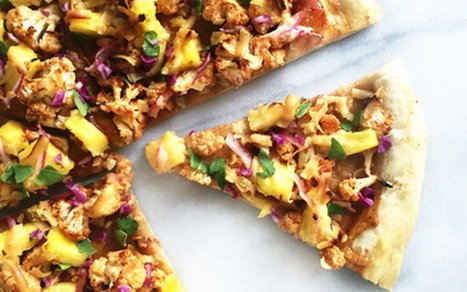 Hawaiian BBQ Cauliflower and Pineapple Pizza [Vegan] | Vegan Food | Scoop.it