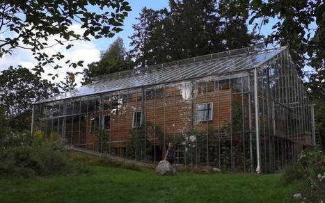 Ils entourent leur maison d'un cocon de verre pour se protéger du froid   L'expertise immobilière   Scoop.it