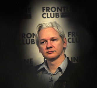 Before WikiLeaks: When Julian Assange Was Just Another Hacker | this curious life | Scoop.it