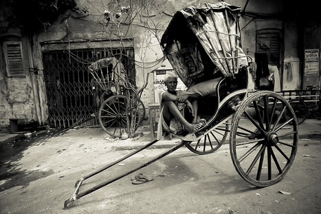 Rickshaw Wallahs | The Travel Photographer: Tewfic El-Sawy | BLACK AND WHITE | Scoop.it