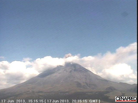 Watch the Shockwave of an Explosion at Mexico's Popocatépetl | Wired Science | Wired.com | Scott's Linkorama | Scoop.it