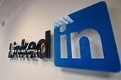 Les Pages Entreprises Linkedin peuvent maintenant communiquer en tant que marques | Arobasenet | Community Management | Scoop.it