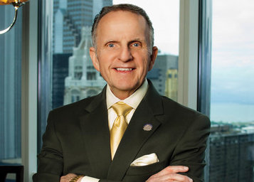 Former CAR (Chicago) President Bob Floss Sues CAR and President/Board Members, Class Action Suit to Follow   Real Estate Plus+ Daily News   Scoop.it