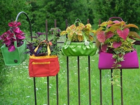 Upcycle your handbags into a hanging garden | Upcycled Garden Style | Scoop.it
