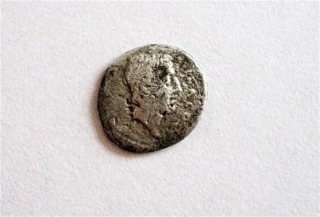 Bomenaar vindt Romeinse munt van voor Christus | goossens levi geschiedenis | Scoop.it