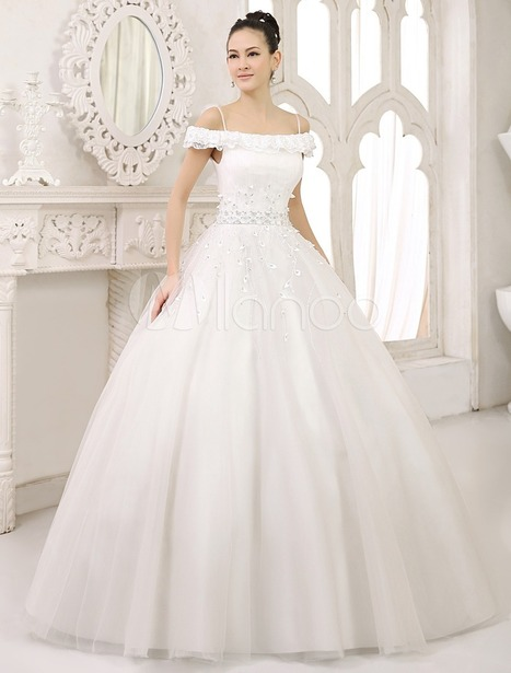 White Ball Gown Spaghetti Strap Off-The-Shoulder Lace Floor-Length Bride's Wedding Dress | wedding and event | Scoop.it