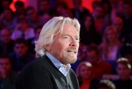 Miljardair Richard Branson in stewardessenrokje om weddenschap - De Stentor   Wedden en Weddenschappen   Scoop.it