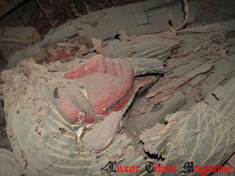 Intact burial chamber discovered in Aswan, 9 mummies found | Egiptología | Scoop.it