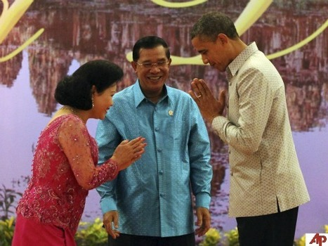 'Mutual Respect': Obama Greeted Like a Servant by Cambodia's First Lady   Government by We The People   Scoop.it