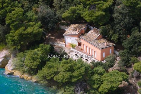 Best Le Marche Properties for Sale: Waterfront Villa, Sirolo | Le Marche Properties and Accommodation | Scoop.it