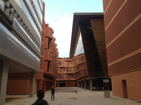 Masdar City, Green Desert Paradise Or Disappointing Mirage? | The Programmable City | Scoop.it