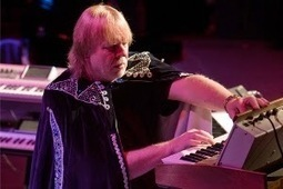 PROG ROCK MUSIC TALK-Concert Review: Rick Wakeman-40th Anniversary Tour Journey to the Centre Of The Earth | Published and Branded | Scoop.it