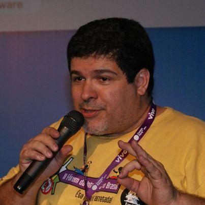 """[ARTIGO EM INGLÊS] Criador da campanha """"Mega Não"""" afirma que o Marco Civil é a """"Carta de Direitos"""" da Internet.   Marco Civil da Internet   Scoop.it"""