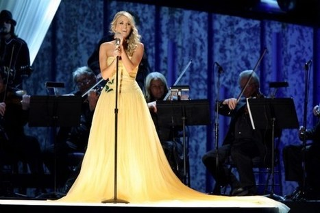 Carrie Underwood's Best CMA Awards Looks Through the Years | Country Music Today | Scoop.it
