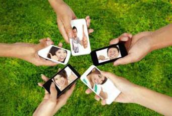 Les interactions marques/internautes sur les médias sociaux vues par Performics   Facebook   Locita   Best of des Médias Sociaux   Scoop.it