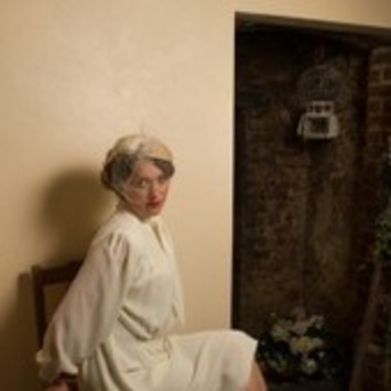 My Vintage Wardrobe: Lulu Gwynne, Owner Of Betty Blythe Vintage Tea Room - MyDaily UK | Antiques & Vintage Collectibles | Scoop.it