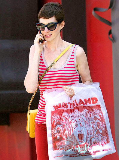 Blissful Times For Anne Hathaway and New Husband Adam Shulman | Celebrity marriages | Scoop.it