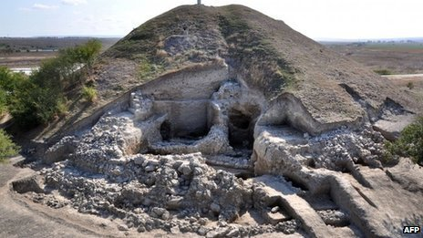 Prehistoric town found in Europe   21st Century Innovative Technologies and Developments as also discoveries, curiosity ( insolite)...   Scoop.it