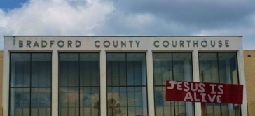 Jesus is Alive in Bradford County, Florida: My Day at a Ten Commandments Protest | Stark, FL 10 Commandments Protest | Scoop.it