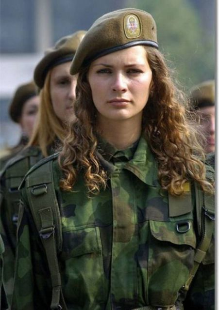 Traditional 'Sexist' Beliefs Keep Women from Combat, Scientists Say - Yahoo! News | QUEERWORLD! | Scoop.it
