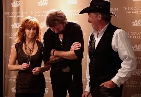 Take a behind-the-scenes look at Reba and Brooks&Dunn's Vegas show | NashvilleGab | Country Music Today | Scoop.it