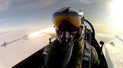 Fighter Pilot Takes Truly Epic Selfie While Firing an Air-to-Air Missile in Training | xposing world of Photography & Design | Scoop.it