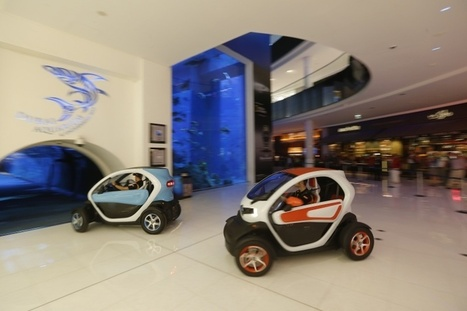 Lotus F1 Team Seen Driving Renault Electric Car Twizy Inside a Dubai Shopping Mall | All-Energy | Scoop.it