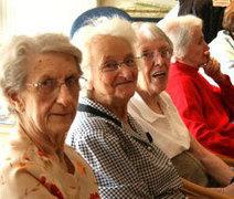Accompagnement et écoute des seniors - lien intergénérationnel | Séniors | Scoop.it