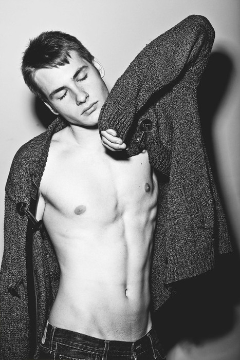 silverliquiddevine: Christian DeEsposito by... | QUEERWORLD! | Scoop.it