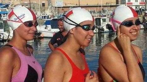 Des sœurs marocaines réussissent la traversée du détroit de Gibraltar à la nage | Tout le web | Scoop.it