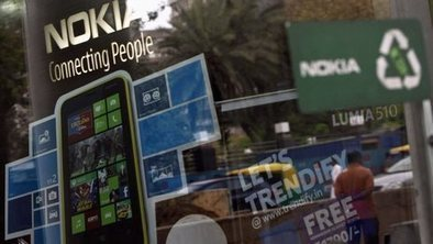 India lifts freeze on Nokia factory | Pakistan & India- Nic Crocitto | Scoop.it