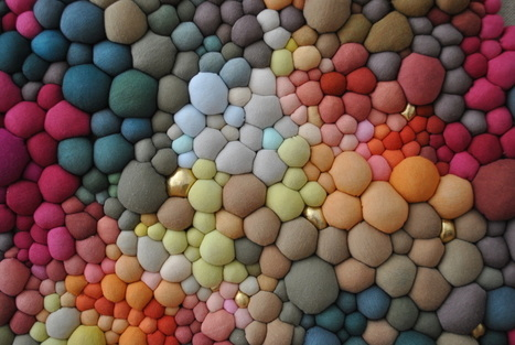 #Textile #Sculptures Created From Dozens of #Multicoloured #Orbs by Serena Garcia Dalla Venezia. #art | Luby Art | Scoop.it